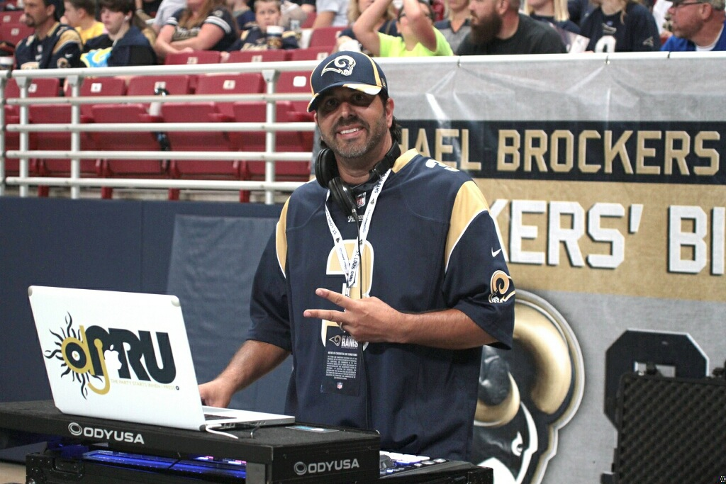 DJPru-Game-Day-DJ-NFL-Rams-StLouis