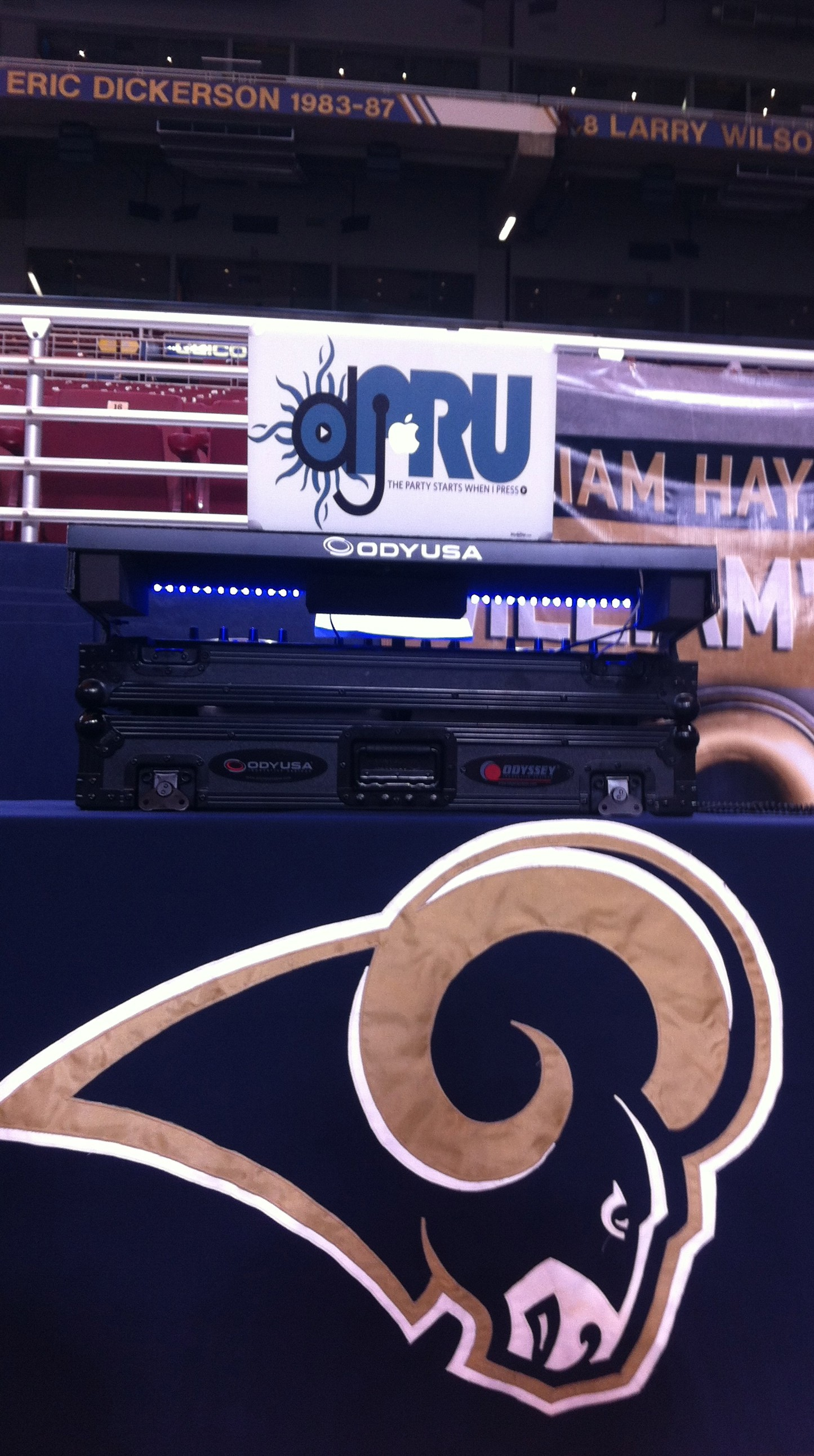 DJPru logo with Rams logo