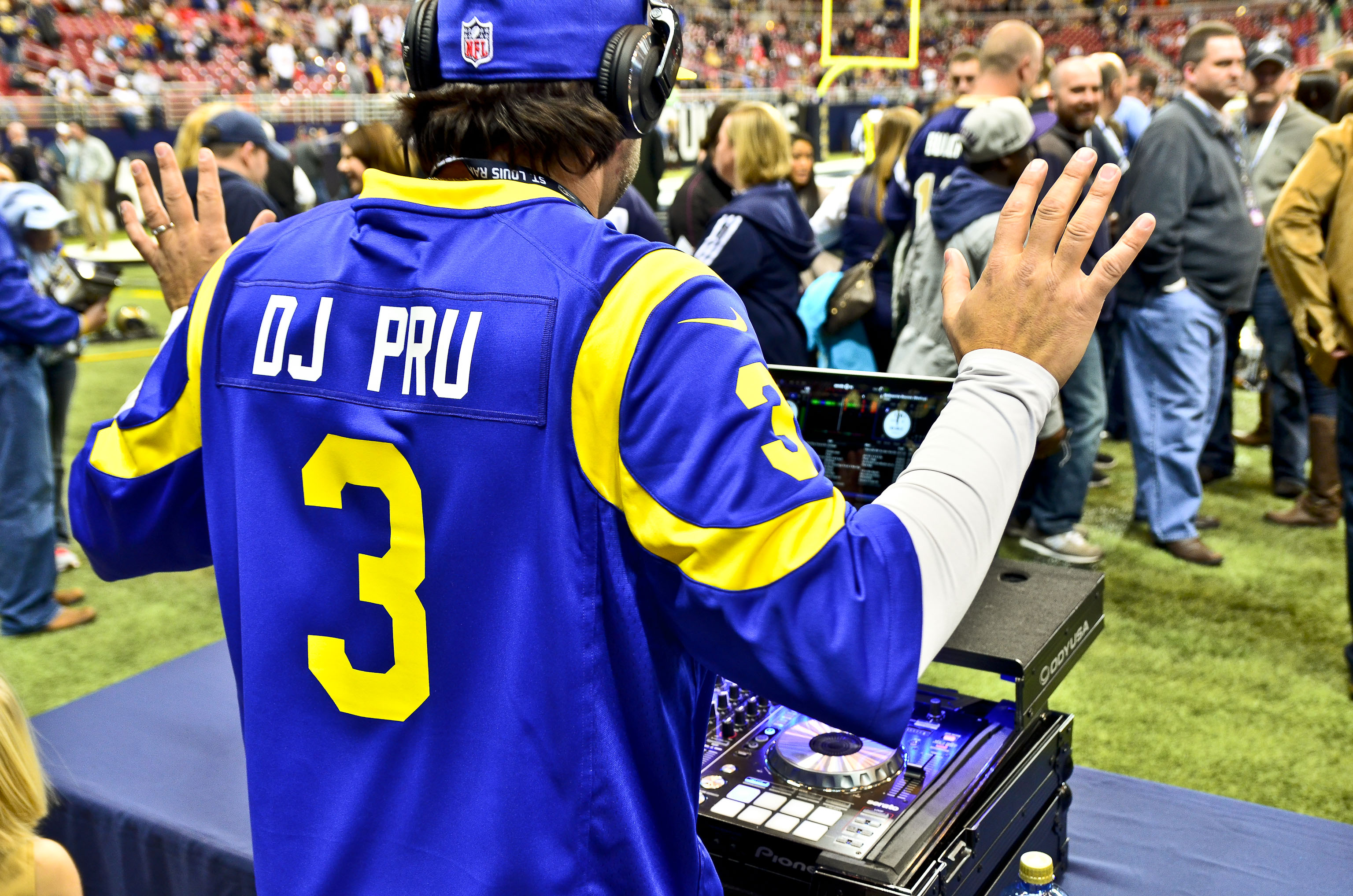 DjPRU St. Louis Rams Throwback Jersey 2013